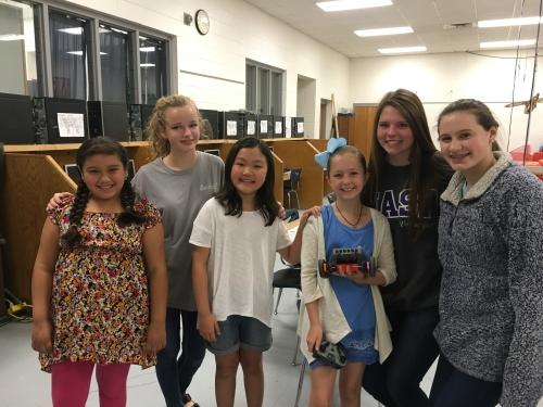 Oak Mountain Elementary and Oak Mountain Middle School Collaborate with Robotics