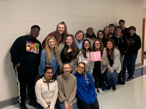 OMHS Classes Make Valentines For a WWII Veteran